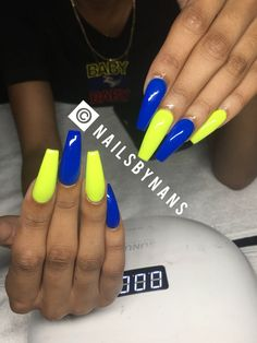 How to choose your fake nails? - My Nails Aycrlic Nails, Swag Nails, Coffin Nails, Perfect Nails, Gorgeous Nails, Neon Yellow Nails, Jolie Nail Art, School Nails, Fire Nails