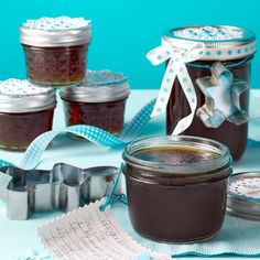 Gingerbread Spice Jelly from Taste of Home —Robin Nagel, Whitehall, Montana Jelly Recipes, Jam Recipes, Canning Recipes, Holiday Recipes, Smoker Recipes, Holiday Meals, Milk Recipes, Taste Of Home, Jar Gifts