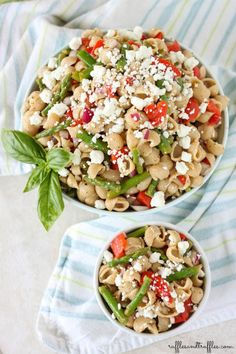main entree pasta recipe : Asparagus and roasted red pepper pasta salad