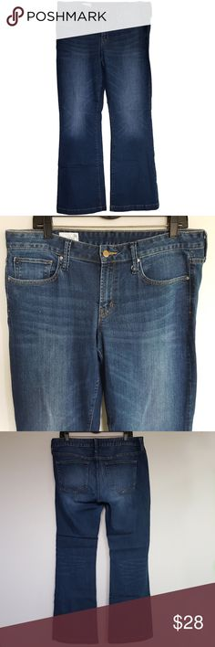 "Gap 1969 Mens Jeans Long & Lean Bootcut Size 36/33 Pictured are mens long & lean bootcut jeans by Gap 1969 Stretch Medium Wash  Tag Size: 31R   Measured Size: 36x33 Condition: Gently pre-owned condition with no flaws. Style: Long & Lean; boot cut; zip fly; stretch. Material: 87% cotton 12% polyester 1% spandex. Measurement Flat Waist: 18"" Rise: 9"" Inseam: 33"" Leg opening: 10.5"" Get your long and lean bootcut jeans by Gap 1969 here! Gap Jeans"