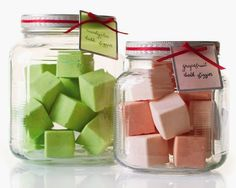 Join the jar revolution, and find your own thoughtful homemade Christmas gifts this holiday season. We've assembled some of the best Christmas jar gifts on the Homemade Christmas Gifts, Homemade Gifts, Holiday Gifts, Christmas Diy, Homemade Products, Christmas Trees, Diy Cadeau, Diy Gifts For Mom, Bath Fizzies