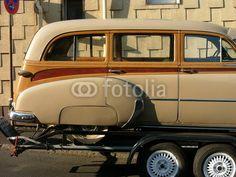 Chevrolet Skyline Station Wagon der Fünfziger Jahre auf einem Anhänger bei den Golden Oldies in Wettenberg Krofdorf-Gleiberg bei Gießen in Hessen