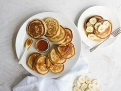 Snacks needn't be salty, and some of the best are sweet treats. If you've got a sweet tooth and are looking for something to nibble on, here are a few of our best recipes. Steak And Mushroom Pie, Steak And Mushrooms, Banana Pikelets, Lamb Pie, Sweet Breakfast, Breakfast Ideas, Sunday Breakfast, Breakfast Club, Breakfast Recipes