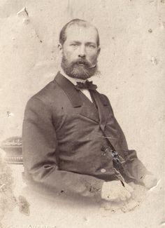 My great-great grandfather Julius Karl Otto von Schilling, photo date unknown, he lived Old Family Photos, Old Photos, My Family, Old Things, Old Pictures, Vintage Photos