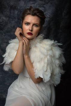 be4588ee77c White Ostrich feather bridal wedding cape bolero. Feather Coat ...