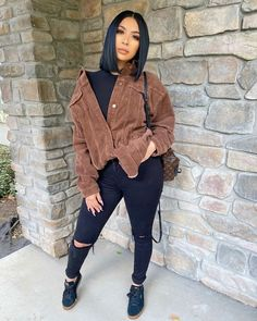 Stylish 54 Lovely Fall Womens Black Jeans Outfits Ideas To Copy Right Now Cute Swag Outfits, Chill Outfits, Dope Outfits, Stylish Outfits, Classy Outfits, Black Girls Outfits, Baddie Outfits Casual, Cute Outfits With Jeans, Casual Fall Outfits