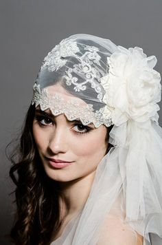 Lady Aurora Lace Cap - Wedding Bridal Juliet Veil - Ivory and Silver