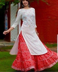 Indian Kurta with Palazzo Kurti Ethnic Dress Set Women Top Tunic Bottom Pant New Simple Kurti Designs, Stylish Dress Designs, Kurta Designs Women, Stylish Dresses, Blouse Designs, Fashion Dresses, Salwar Designs, Sarara Dress, The Dress