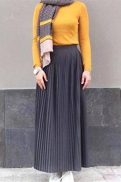 Yellow and gray hijab hijabinspiration hijabstyle hijabfashion izgili taba renk elbise eminos butik Hijab Style Dress, Modest Fashion Hijab, Modern Hijab Fashion, Street Hijab Fashion, Hijab Fashion Inspiration, Hijab Outfit, Muslim Fashion, Skirt Fashion, Fashion Outfits