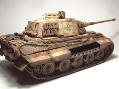 Zoom avant (dimensions réelles: 1000 x Tiger Ii, Hobby Kits, Tiger Tank, World War Two, Military Vehicles, Cool Cars, Modeling, Two By Two, Tanks