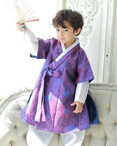 남아한복(BOY HANBOK) Korean Traditional Dress, Traditional Fashion, Traditional Dresses, Korean Hanbok, Korean Dress, Korean Fashion, Kids Fashion, Fashion Outfits, Womens Fashion