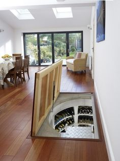 Modern wine cellar by Spiral Cellars. https://www.homify.co.uk/ideabooks/33006/5-extraordinary-living-ideas