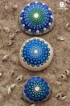 DIY Mandala Stone Patterns To Copy (19)