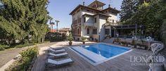 Villa for sale on Lake Maggiore