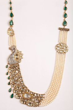 Based in Mumbai, Bridelan is a boutique bridal styling company that offers personal shopping, fashion styling and luxury consultancy services for South Asian and Indian weddings. India Jewelry, Temple Jewellery, Pearl Jewelry, Wedding Jewelry, Jewelry Sets, Gold Jewelry, Jewelery, Diamond Jewellery, Wedding Accessories