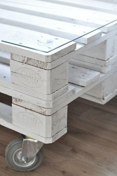 DIY paletový stolek