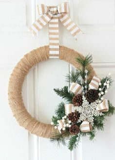 Burlap Christmas decorations are ideal for a Rustic Christmas decor or Farmhouse Christmas decor which is cozy & cute. Best Burlap Christmas ideas are here. Burlap Christmas Decorations, Christmas Wreaths To Make, Noel Christmas, Holiday Wreaths, How To Make Wreaths, Christmas Crafts, Elegant Christmas, Winter Wreaths, Homemade Christmas