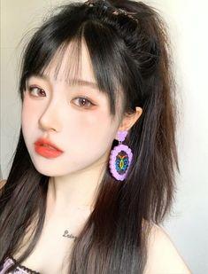 5 kiểu tóc buộc đơn giản nhưng siêu xinh xắn cho ngày Tết Korean Beauty Girls, Pretty Korean Girls, Cute Korean Girl, Pretty Asian, Asian Girl, Korean Makeup Look, Asian Makeup, Cute Kawaii Girl, Cute Girl Face