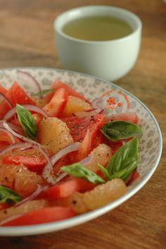 Salade pamplemousse-pastèque-tomate-oignon rouge-huile d'olive vanillée_2