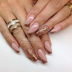 Nails in our gallery at www.fanzis.com by Bagge's Naglar -> www.facebook.com/...