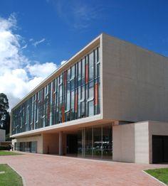 Edificio Administrativo Colegio los Nogales -  Bonilla