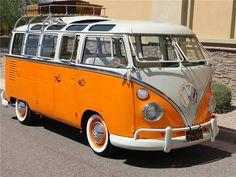 Volkswagen Kombi 23 window bus