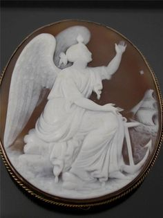 ANTIQUE CARVED SHELL CAMEO of the ANGEL of HOPE 9ct GOLD MOUNT C.1870
