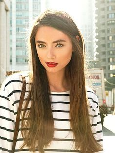 Love the natural brown hair and thick eye brows. And the whole look tbh.