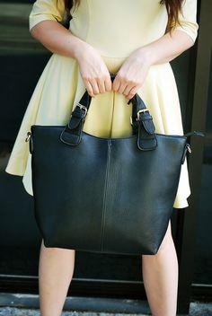 shopper bag  http://www.musthavefashion.pl/cytrynowa-sukienka-i-torebka-shopper/