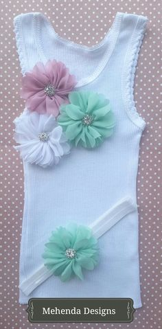 Baby girl embellished singlet and headband by MehendaDesigns Tee Shirt Designs, T Shirt Diy, Diy Dress, Personalized T Shirts, Fabric Flowers, Diy Clothes, Headbands, Little Girls, Diy And Crafts