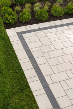 Looking for beautiful, polished and practical pavers? Techo-Bloc's Blu 80 Smooth pavers instantly add character to your landscape or driveway. Concrete Patios, Patio Slabs, Patio Tiles, Driveway Pavers, Concrete Slab, Stone Patio Designs, Paver Designs, Backyard Patio Designs, Paving Design