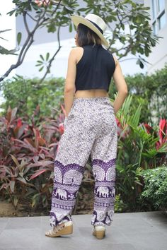 Yoga Drawstring Pants Bohemian Boho Style Hippies Indian | Etsy \  #Etsy #harempants #yogapants #womenpants #hippiepants #gypsypants #Traveler #Bohostyle #elephantpants #women #womensfashion #womenswear #womenempowerment #womenstyle #womenfashion #womens #womenwholift #fashion #fashionblogger #fashionable #fashionstyle #fashionblog #FashionAddict #fashiondiaries #fashionpost #fashionphotography #fashionlover #fashionmodel #fashiondesign #fashiondaily #fashionstylist Lounge Pants Outfit, Boho Fashion, Womens Fashion, Fashion Design, Funny Pajamas, Gypsy Pants, Elephant Pants, Women Who Lift, Drawstring Pants
