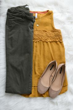 Love the color combo and the flats which I love round toe and the color which I don't have in my shoe collection
