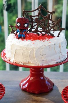 Spiderman Cake Ideas for Little Super Heroes - Novelty Birthday Cakes Spiderman Cake Topper, Batman Cakes, Superhero Birthday Cake, Novelty Birthday Cakes, Slab Cake, Two Layer Cakes, Chocolate, Diy Cake, Party Cakes