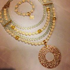 Collar perlas by Luz Marina Valero