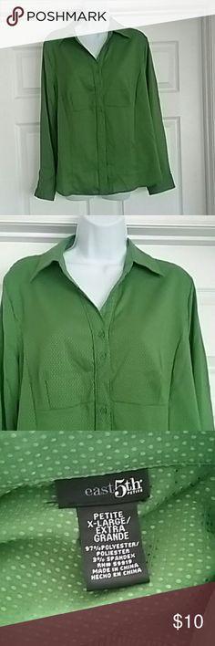 Nwt East 5th blouse. Size petite x-large blouse Nwt. East 5th size petite x-large women's button down blouse.  Smoke free home East 5th Tops Button Down Shirts