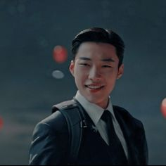 Kim Go Eun, Kdrama Actors, Kim Woo Bin, Netflix Series, Asian Boys, Lee Min Ho, Korean Actors, Character Inspiration, Science Fiction