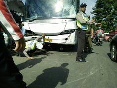 Ini Identitas Tiga Korban Meninggal Terlindas Bus di Purwakarta