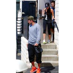 Family work out time  #davidbeckham #victoriabeckham #brooklynbeckham #LA #adidas