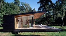 Summer House by Christensen & co. Arkitekter - Contemporary World Architecture Casas Containers, Cabins In The Woods, Home Fashion, Modern Architecture, My House, Dark House, House Floor, House Ideas, Exterior