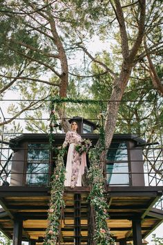 Tuscan Treehouse found on Airbnb - Floral Print Wedding Dress by Anna Fuca | Tuscan Treehouse Bridal Inspiration Shoot | Images by Stefano Santucci