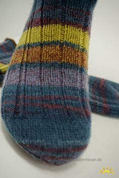 p/zah-wie-leder-eine-socke-ohne-muster delivers online tools that help you to stay in control of your personal information and protect your online privacy. Crochet Newsboy Hat, Knitted Hats, Crochet Hats, Hat For Man, Summer Knitting, Knitting Socks, Wool Yarn, Arm Warmers, Crochet Projects