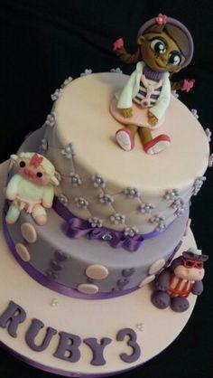 Doc McStuffins @Mrs B's Queen of Cakes