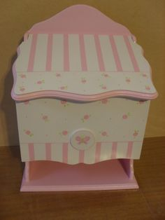 portacosméticos bebes Kit Bebe, Baby Born, Toy Boxes, Toy Chest, Storage Chest, Shabby Chic, Baby Shower, Country, Wood
