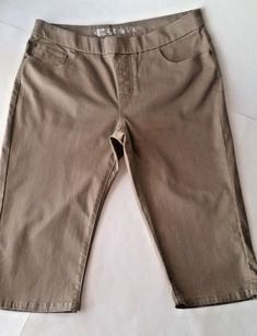 153f8de9 Details about LEE STYLE UPS Pull-On Capris Jeans Cropped SAND COLOR Elastic Stretch  Size 16