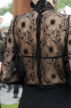 Emanuel Ungaro S/S 2011   This is Tatoos on her back! Amazing... it looks like Lace!!!