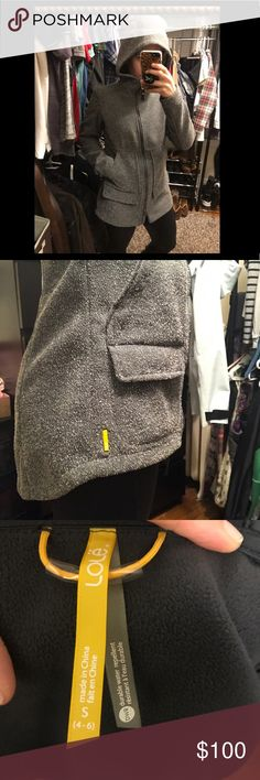 """Lole Water resistant Tweed like Jacket Beautiful grey jacket that fits like a dream. Hits about mid thigh on me (I'm 5'4""""). Drops in the rear to cover your bum. Has two sets of pockets in front. Lined with super soft fleece. Warm and cozy - perfect for the upcoming fall weather! 🍂🍁 Lole Jackets & Coats"""