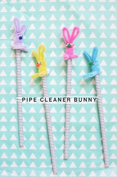 DIY pipe cleaner bunny pencil topper : MichaelsMakers CAKIES