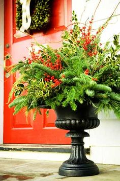 Pretty winter urn