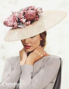 love of hats Mode Orange, Wedding Guest Looks, Fancy Hats, Wearing A Hat, Glamour, Love Hat, Wedding Hats, Turbans, Derby Hats